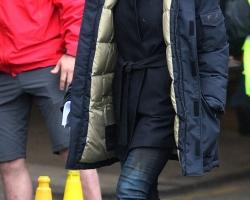2014-april-26-filming-24-in-london-11