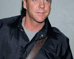 kiefer-sutherland-kiefer-sutherland-arrives-at-lax-from-new-york-01-14-07-tybrqt