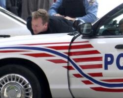 kiefer-sutherland-arrested-15