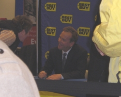 2008-november-25-best-buy-signing-event-photos-by-lisa-8