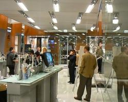2009_01_08_Carlos_Bernard_Garmin_Store_Chicago_281129