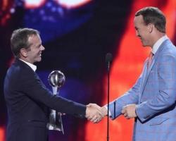2015-July-15-ESPY-Awards-7-