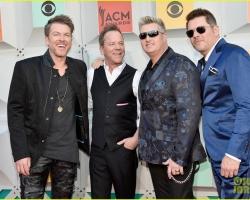 2016 04 03 ACM Awards (2)